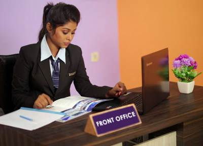 Hotel Management College in Kolkata | Dolphin School of Hotel Management | 8 Ways To Become The Best Hotel Front Office Manager