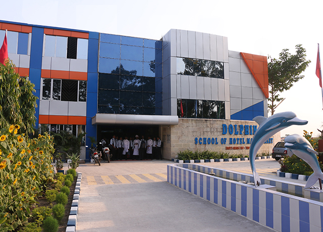 hotel management college in kolkata-role